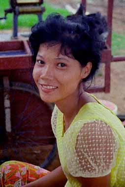 cambodian girlfriend
